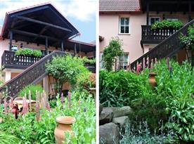 Venkovní posezení a upravená zahrada