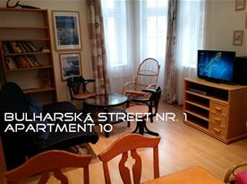 Apartment 10 ROOM1