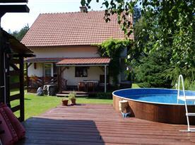 Objekt s bazénem