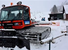 Ski areál Mrákotín - Rolba připravena na upravu sjezdovky