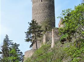 Zřícenina hradu Žebrák, 20 km