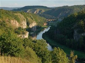 Cvičné horolezecké skály u obce Srbsko