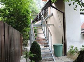 Samostatný vchod do apartmánu