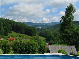 Krásný výhled od bazénu