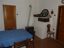 Obývací pokoj A s dobovým nábytkem