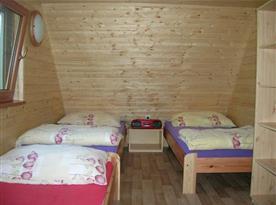 Podkrovní ložnice A s lůžky