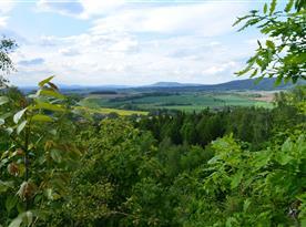 Pohled na Český ráj z vrchu Brada