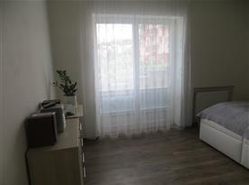 ložnice - vchod na terasu