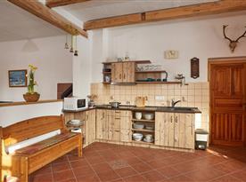 Vybavená kuchyňská linka