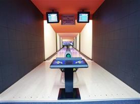 Bowling v hotelu