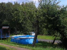 Venkovní nadzemní bazén