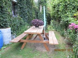 samostatné posezení v zahradě