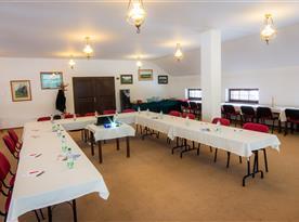 Konferenční místnost  v hlavní budově