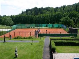 Tenisové kurty pro milovníky bílého sportu