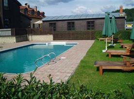 Venkovní bazén pro ubytované hosty zdarma