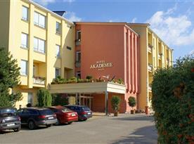 Hotel Akademie a Vila Jarmila
