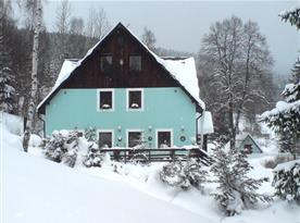 Zimní pohled na penzion U Kindlů