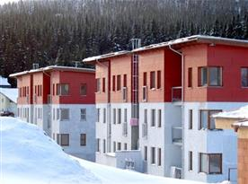 Pohled na apartmánové domy
