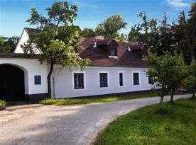 Penzion v malebném prostředí u lesa na okraji Třeboně