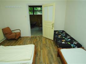 Vesnický jednoduchý pokoj - 4 lůžka