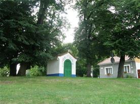 Kaplička v Rohatci