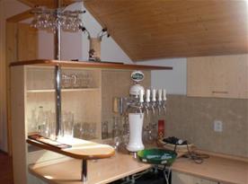 Výčepní zařízení součástí kuchyně