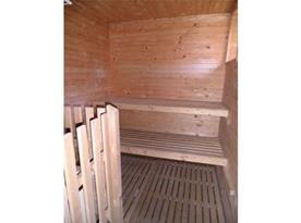 Sauna v suterénu se samostatným vchodem