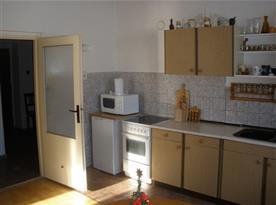 A.Kuchyň v přízemí