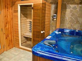 Relaxační místnost se saunou a whirlpoolem