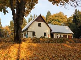 Podzimní pohled na objekt