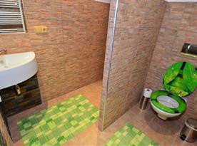 Apartmán PERU - koupelna se sprchovým koutem