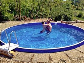 Venkovní zabudovaný bazén