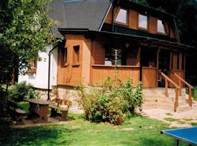 Roubenková přístavba s krytou terasou