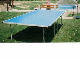 Stůl na  tenis a  bazén