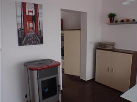Krbová kamna v obývacím pokoji