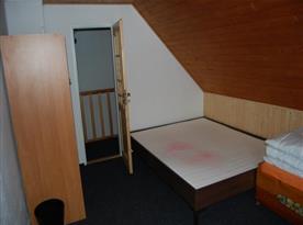 Pokoj s lůžky