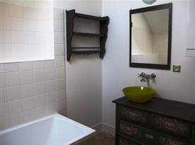 Koupelna s vanou v podkroví