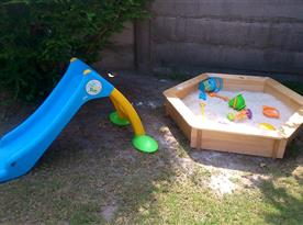 Venkovní prostor pro hraní dětí