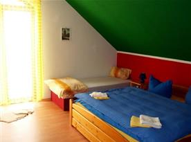 Čtyřlůžkový apartmán - ložnice