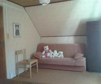 Pokoj s pohovkou