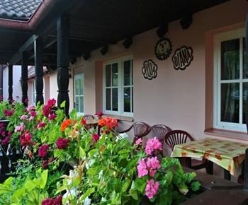 Příjemné venkovní posezení pro každý pokoj