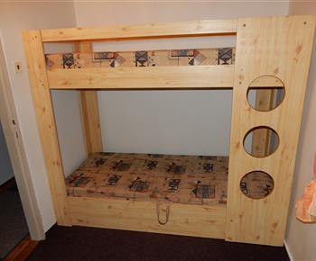 Ložnice s palandami