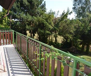 Chata Železnice - terasa