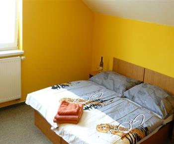 Apartmán - čtyřlůžková ložnice