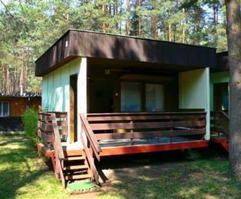 Čtyřlůžková chatka s terasou