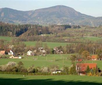 Okolní krajina domu