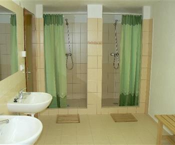 Společné sprchy