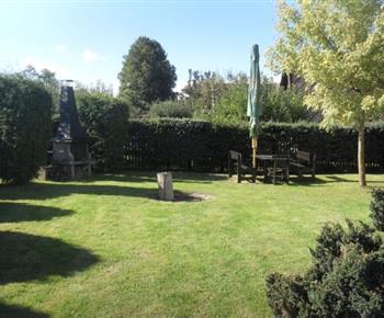 Venkovní posezení se zahradním grilem
