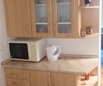 Plně vybavený kuchyňský kout