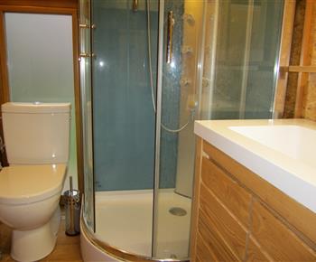Designový kombi klozet (WC) JIKA MIO s dvojitým splachováním DUAL FLUSH